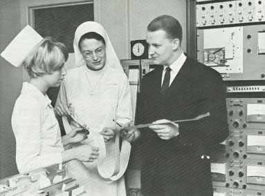 Mayo Clinic nurse coordinator team with physician 1970