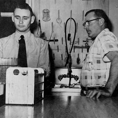 1953 Mayo Clinic glassware laboratory