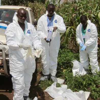 CDC photo of Ugandan Red Cross workers