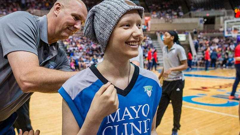 patient Sara Carriere at Minnesota Lynx game