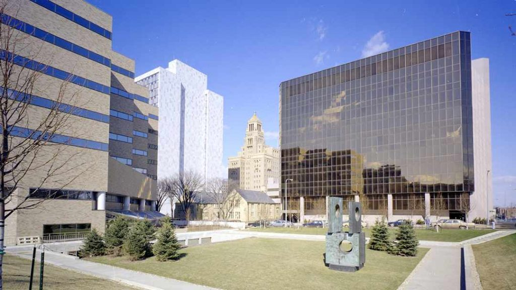 a 1980 photograph of Mayo Clinic's campus in Rochester, Minnesota