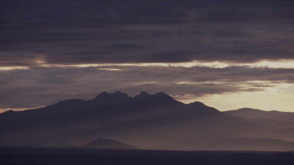 Un crepúsculo en los Alpes