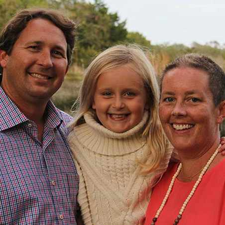 breast cancer patient, Hollis Livezey Youngner, with her family