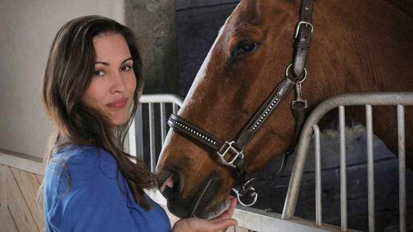 patient Jessica with her horse