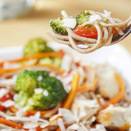 Soba noodle stir-fry with coconut curry sauce