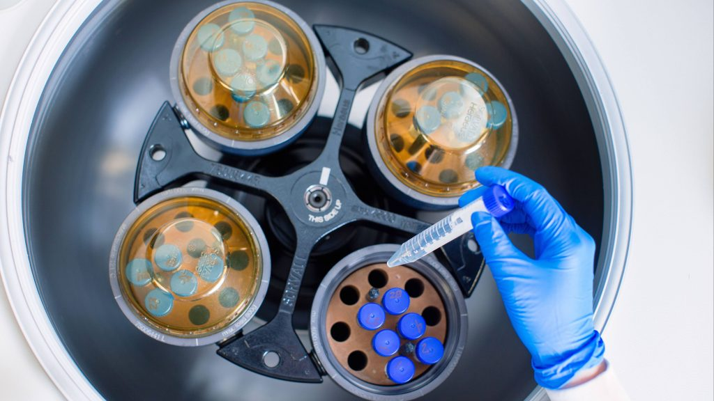 Mayo Clinic Laboratories for convalescent plasma research