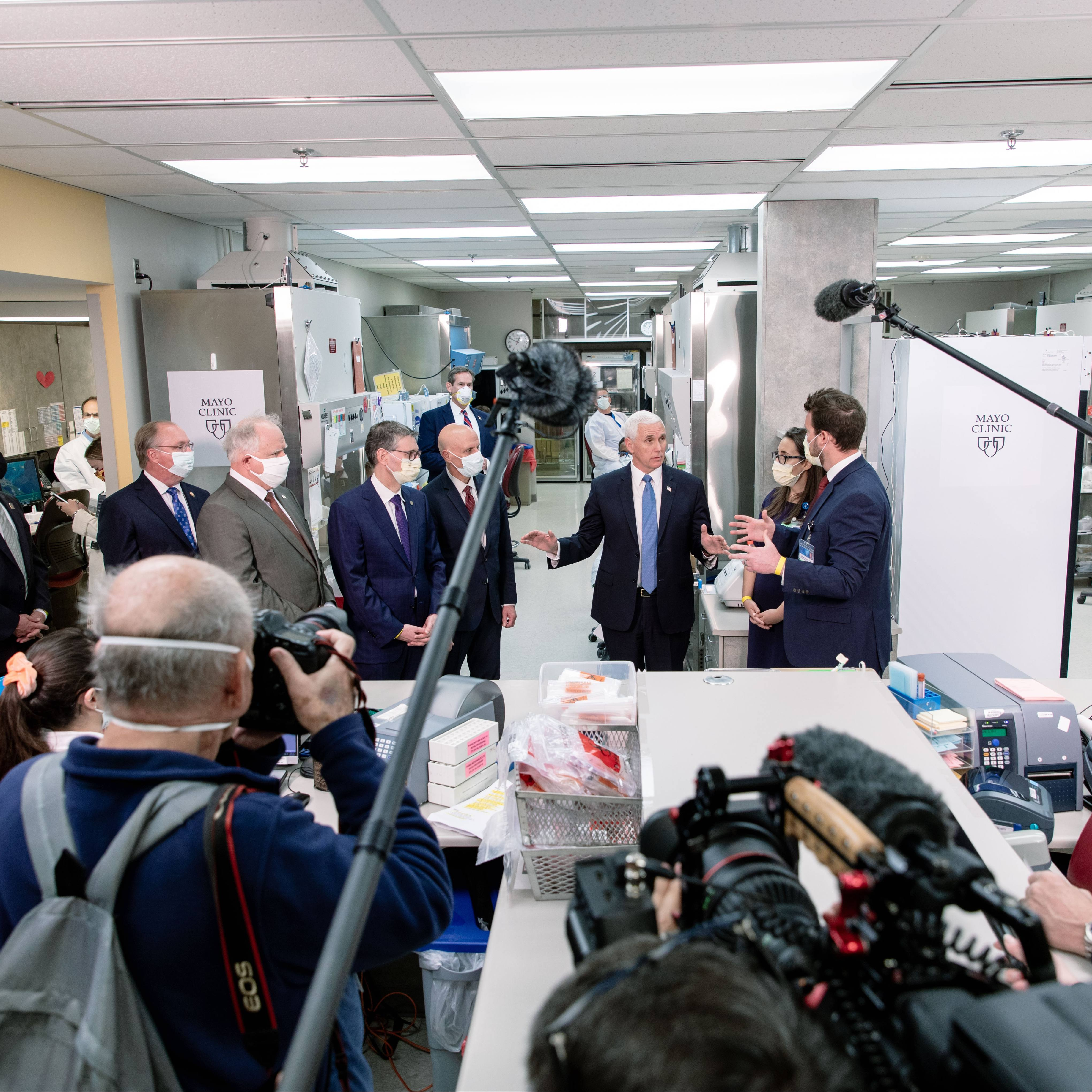 Vice President Mike Pence in Mayo Clinic lab with leadership